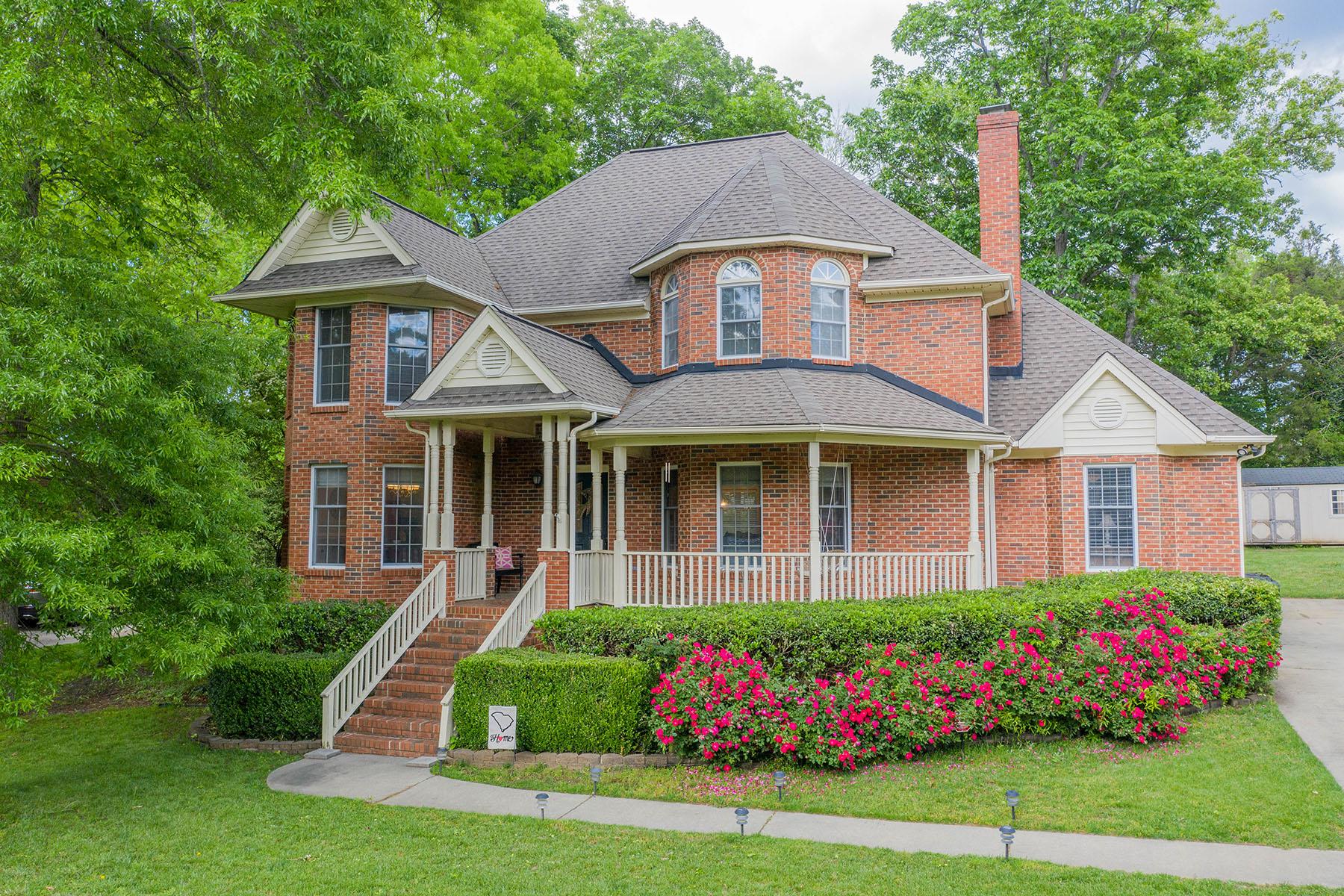Single Family Homes 용 매매 에 1836 Shorewood Dr, Rock Hill, 사우스캐놀라이나 29732 미국