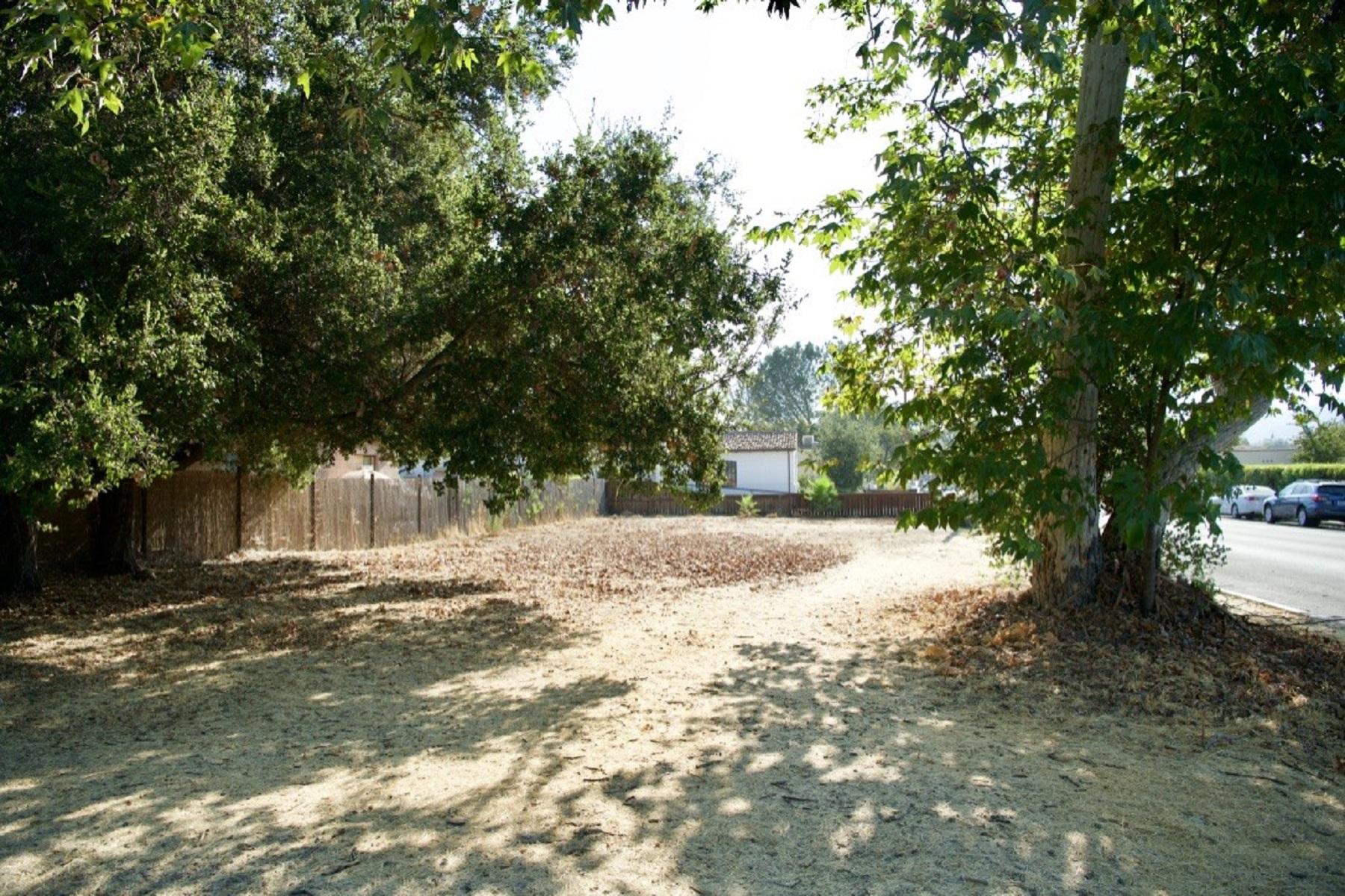 Terreno por un Venta en 202 North Ventura Street Ojai, California 93023 Estados Unidos