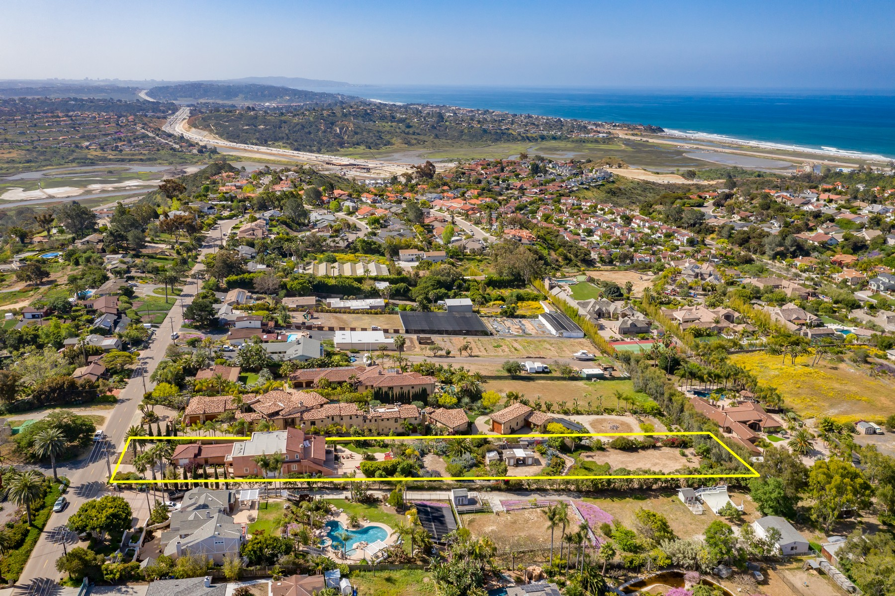 Single Family Home for Active at 1856 Crest Drive Encinitas, California 92024 United States