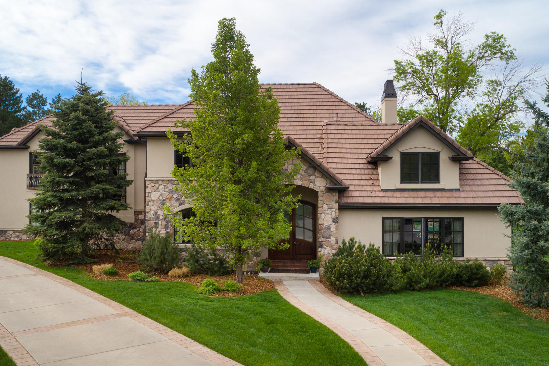 Single Family Home for Active at 9642 East Orchard Drive 9642 East Orchard Drive Greenwood Village, Colorado 80111 United States
