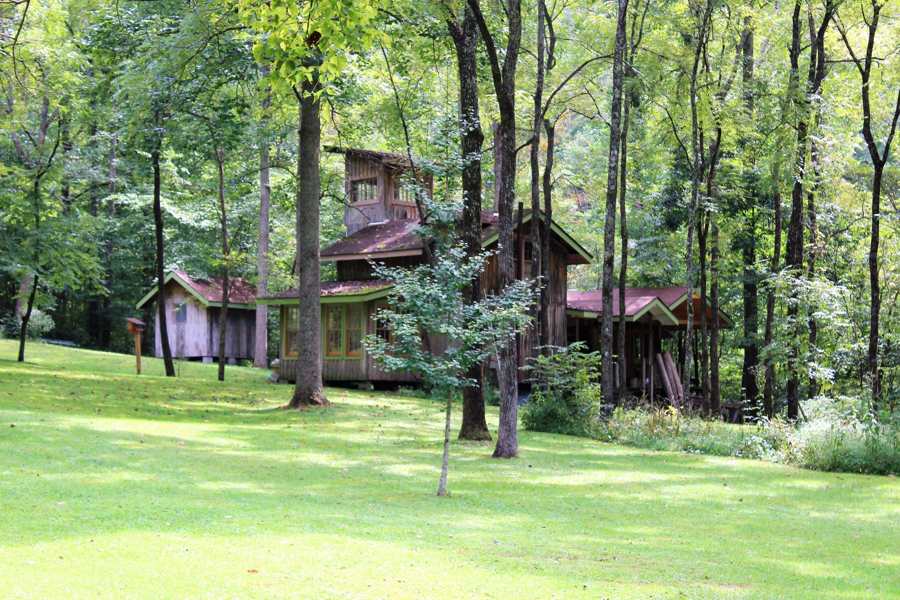 Land for Sale at 1100 Pumpkin Hollow Road 1100 Pumpkin Hollow Road Frenchburg, Kentucky 40380 United States