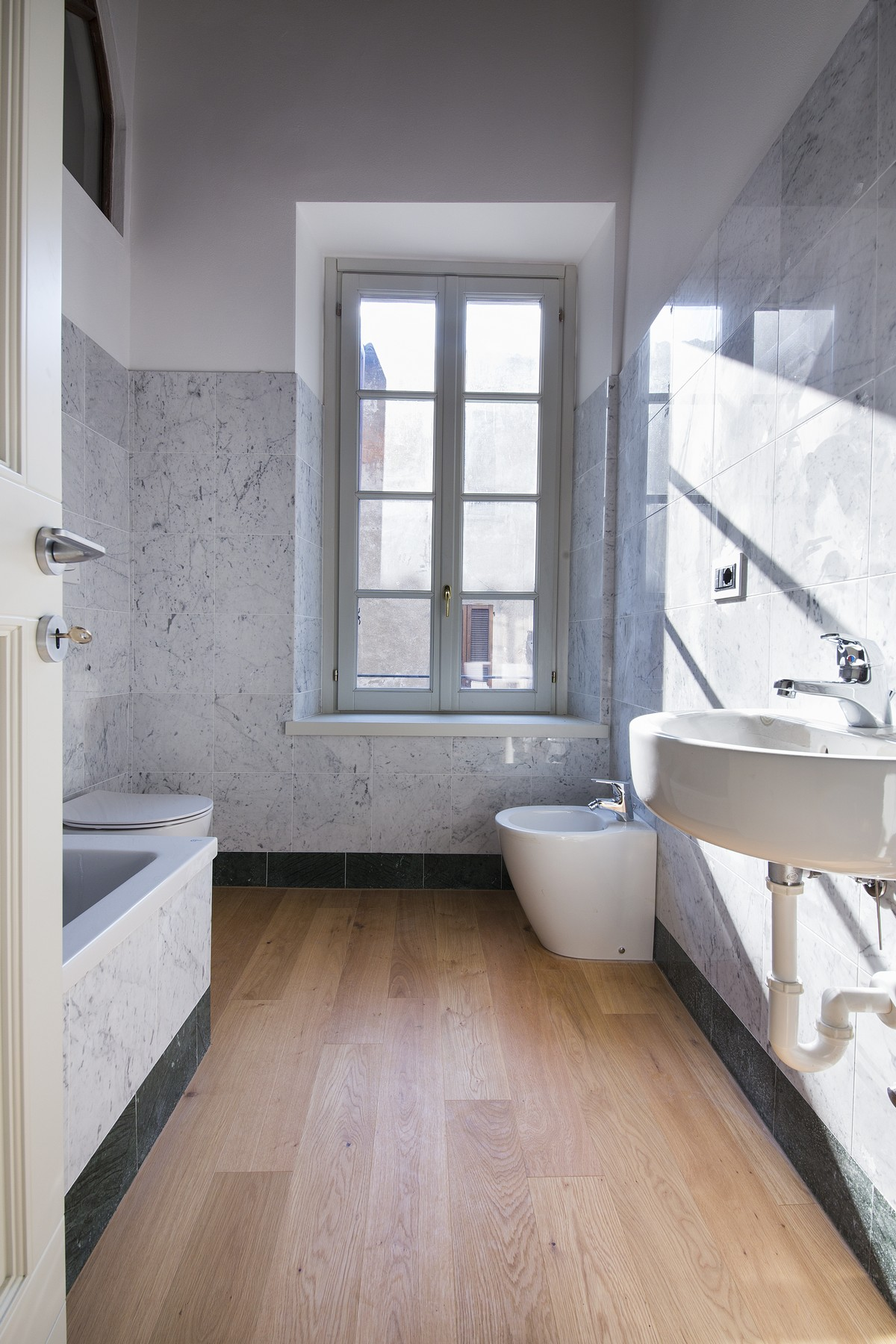 Additional photo for property listing at Newly built apartment in the historic center of Como Via Cinque Giornate Como, Como 22100 Italia