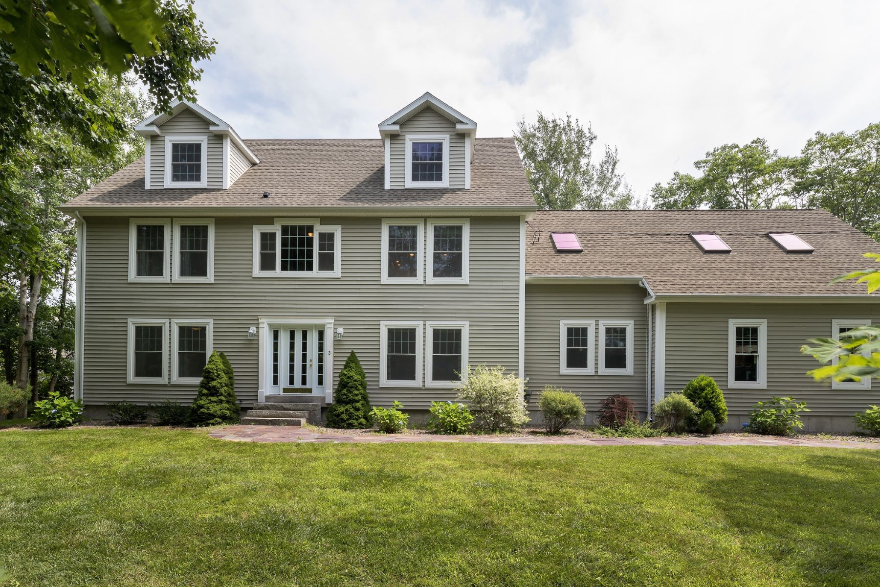 Single Family Home for Sale at 3 Brackett Point Road Biddeford, Maine, 04005 United States