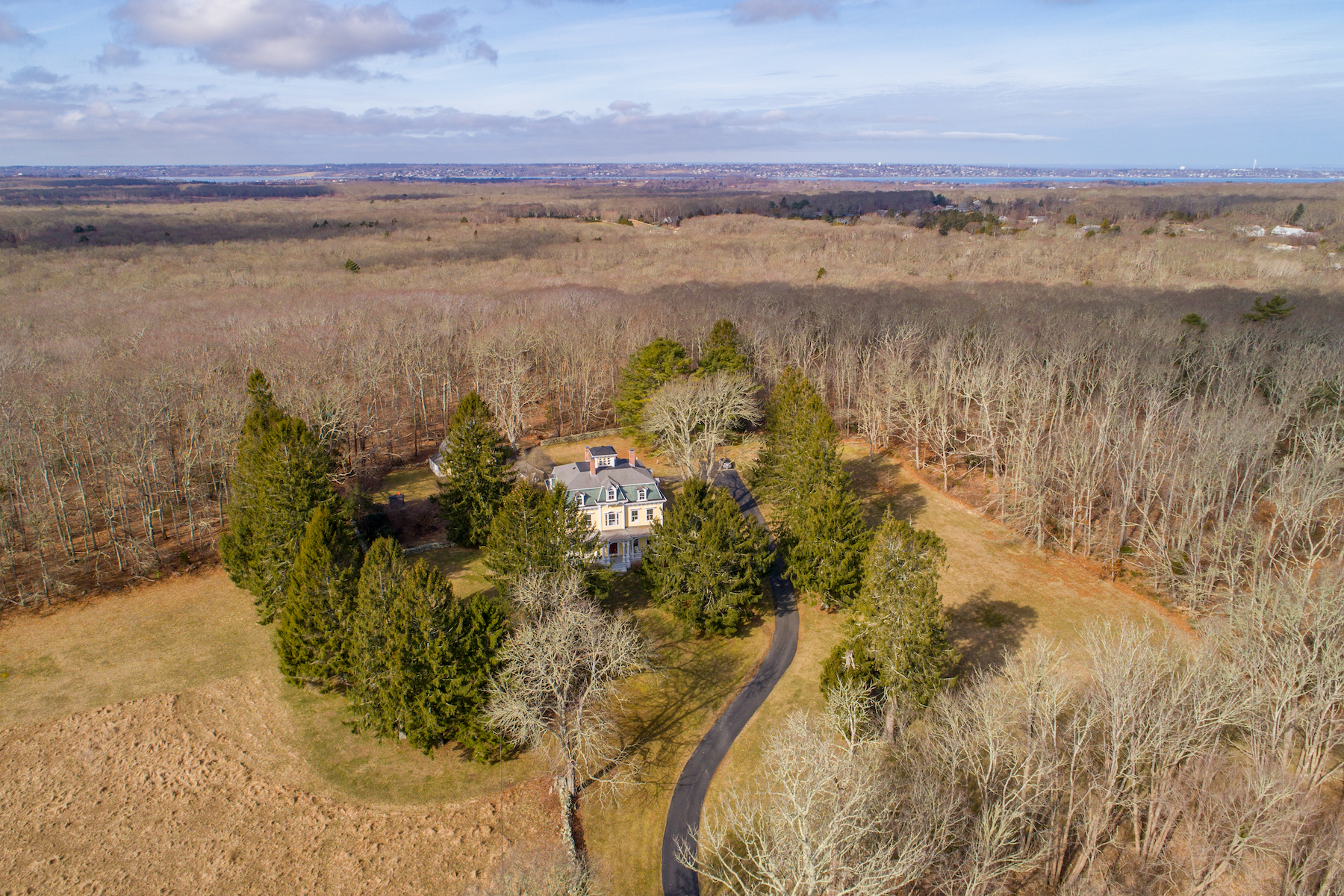 Additional photo for property listing at William Whitredge Estate 285 Stone Church Road Tiverton, Rhode Island 02878 United States