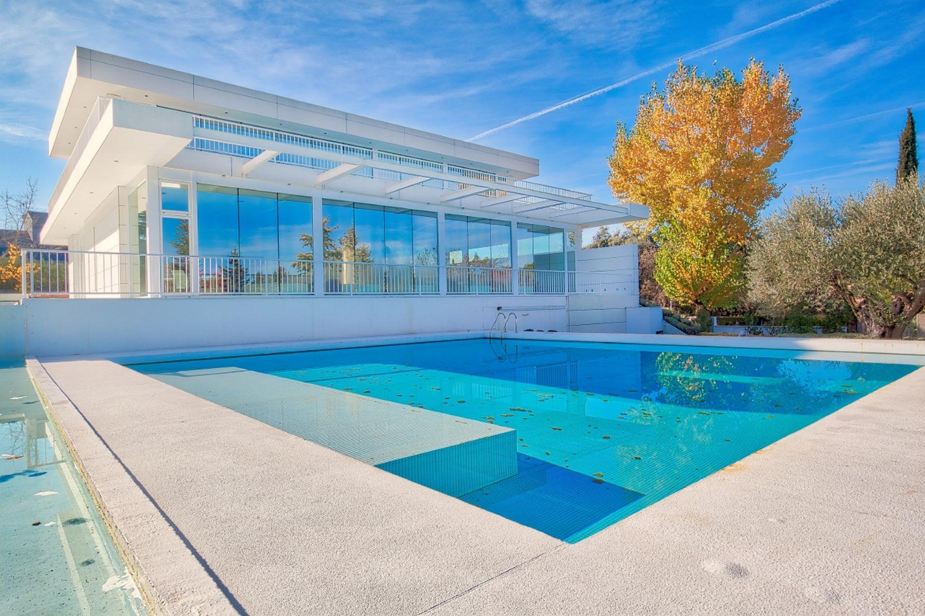 Single Family Homes for Sale at Elegant property in La Moraleja Madrid, Madrid Spain