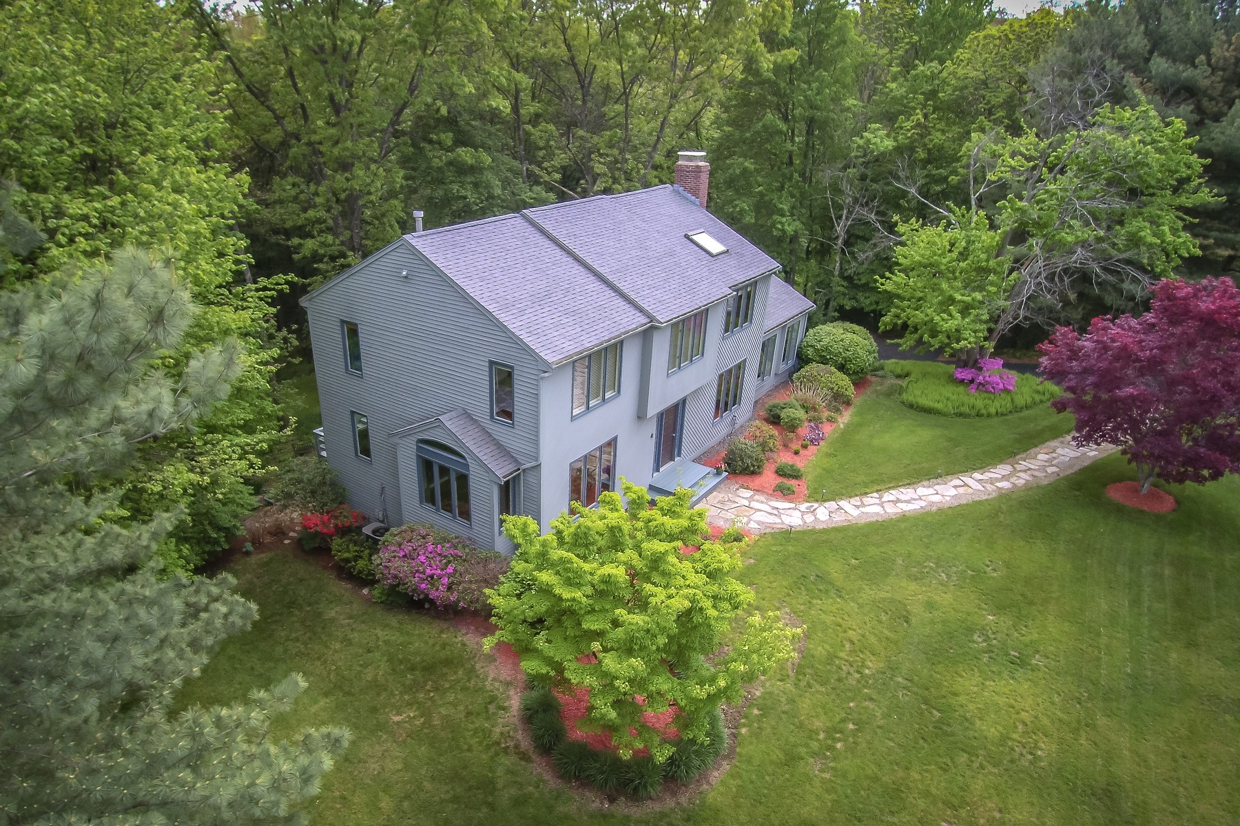 Single Family Home for Sale at Lovely Colonial in Wayside Estates Neighborhood 4 Wayside Road Westborough, Massachusetts, 01581 United States