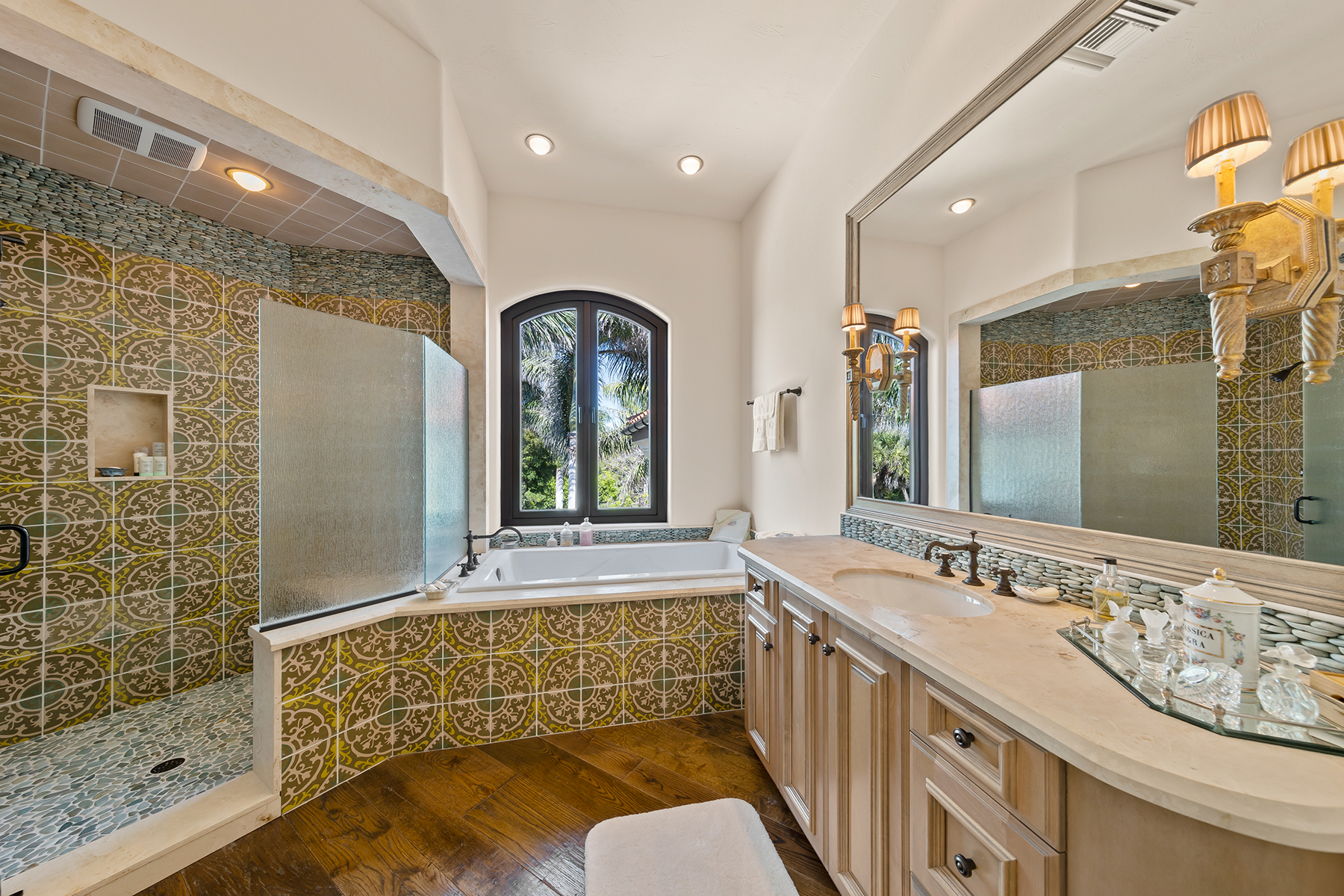 Additional photo for property listing at METES AND BOUNDS 6111 Sanibel Captiva Road, Sanibel, Floride 33957 États-Unis