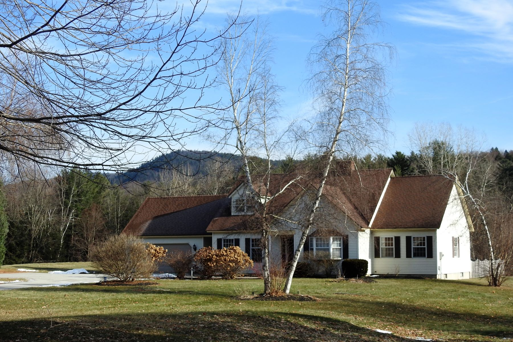 Single Family Home for Sale at Convenient and Spacious 106 Cheney Hill Ln Rutland Town, Vermont 05701 United States