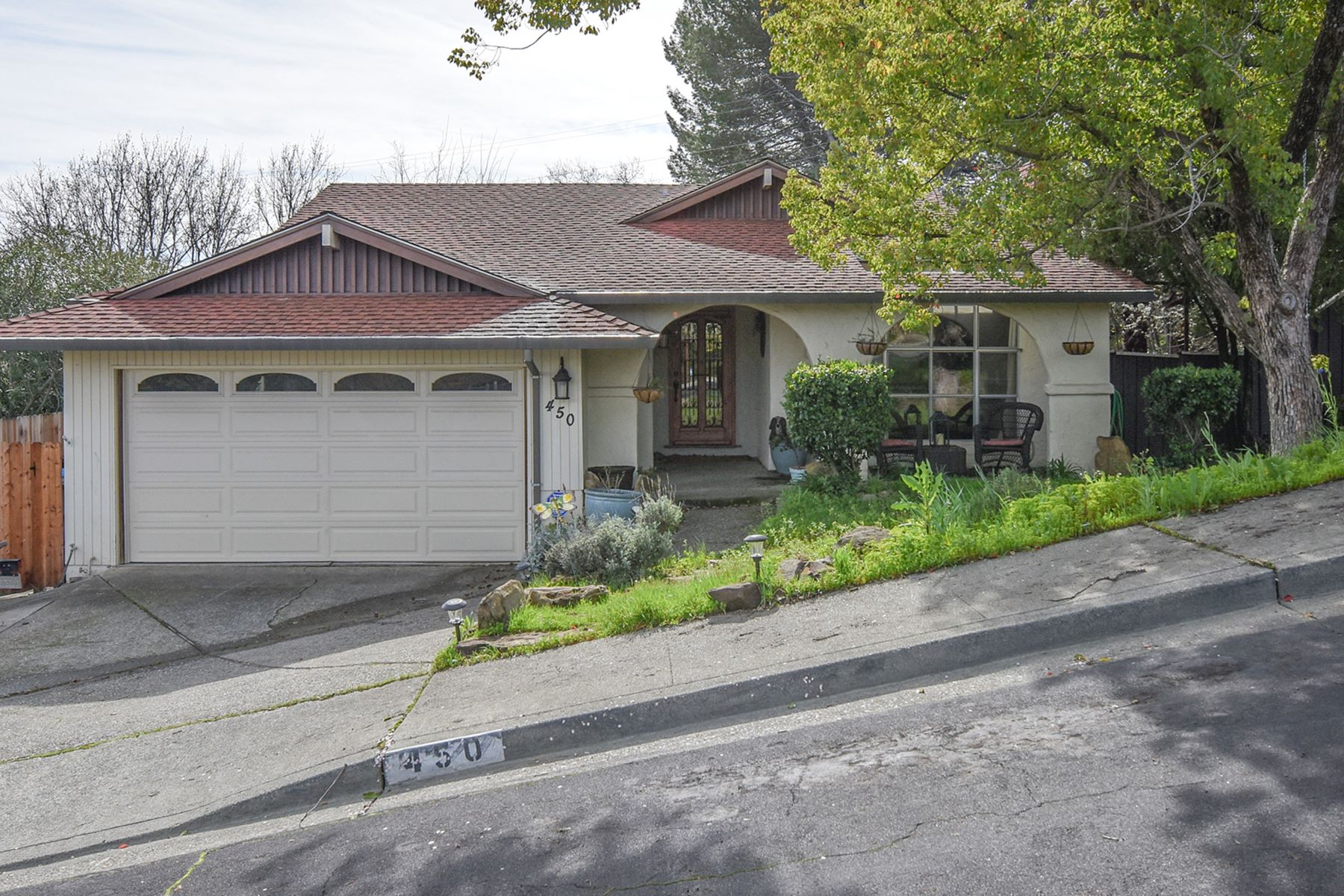 Single Family Home for Sale at Inviting Ranch Style Home Featuring Arched Doorways 450 La Cresta Drive Vacaville, California 95688 United States