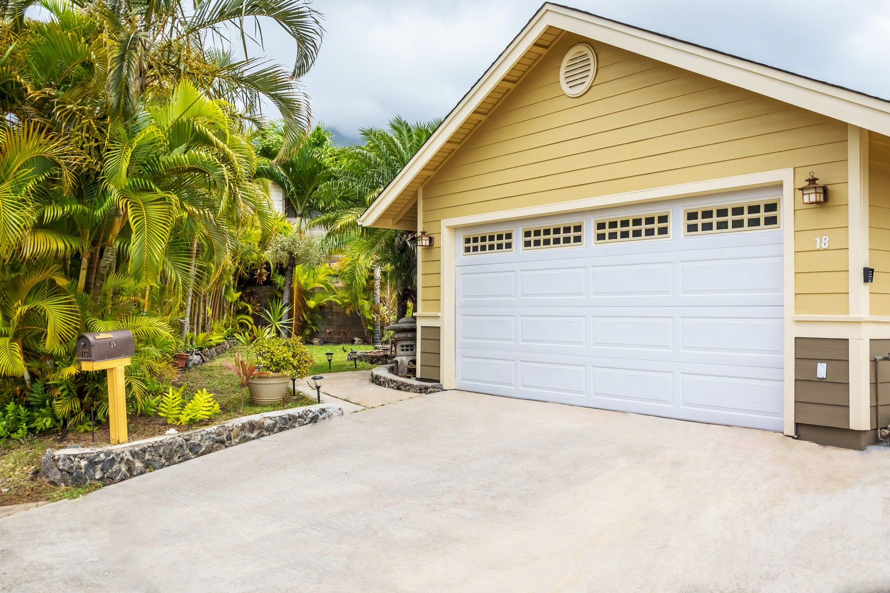 獨棟家庭住宅 為 出售 在 Single Level Island Living at Olena @ Kehalani 18 Hapua Pl Wailuku, 夏威夷 96793 美國