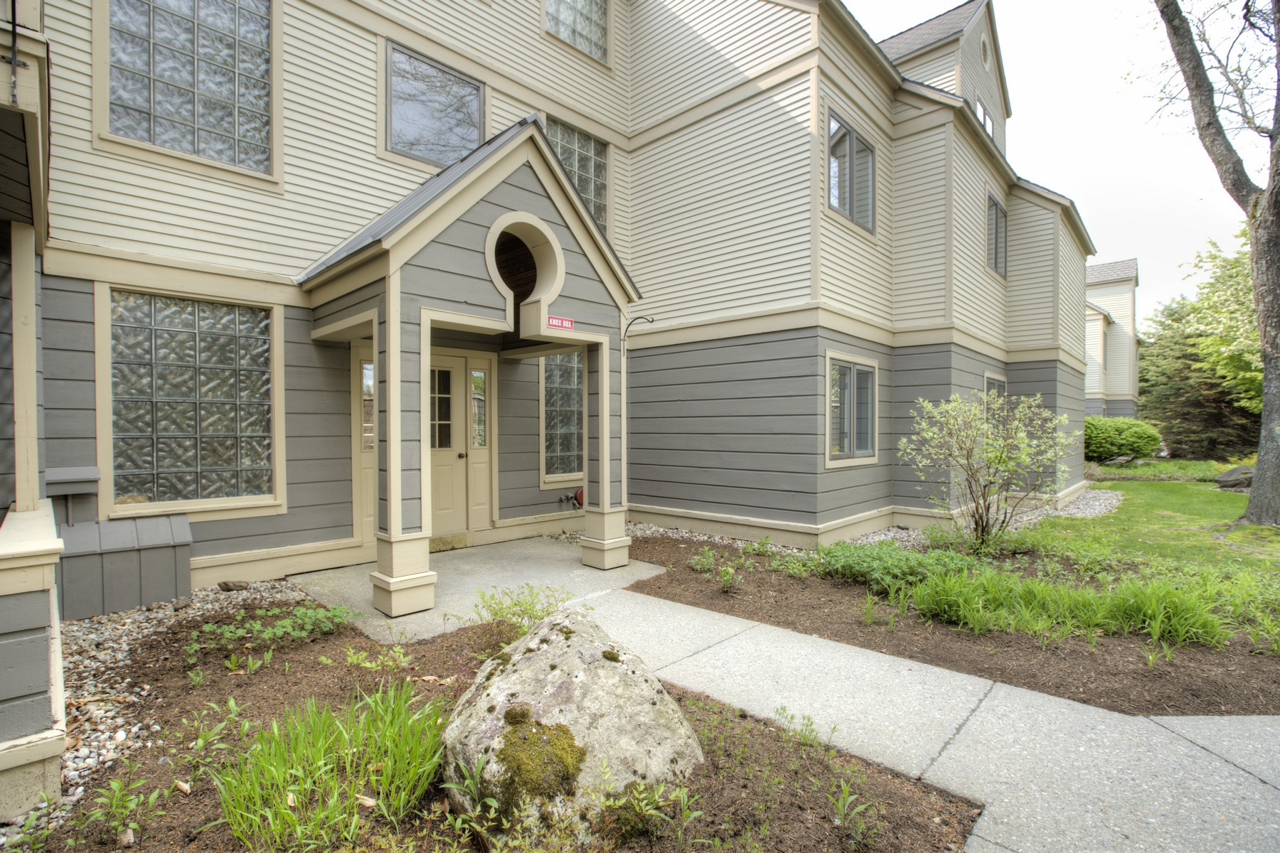Condominiums for Sale at 49 High Point Drive A13, Stratton 49 High Point Dr A13 Stratton, Vermont 05155 United States