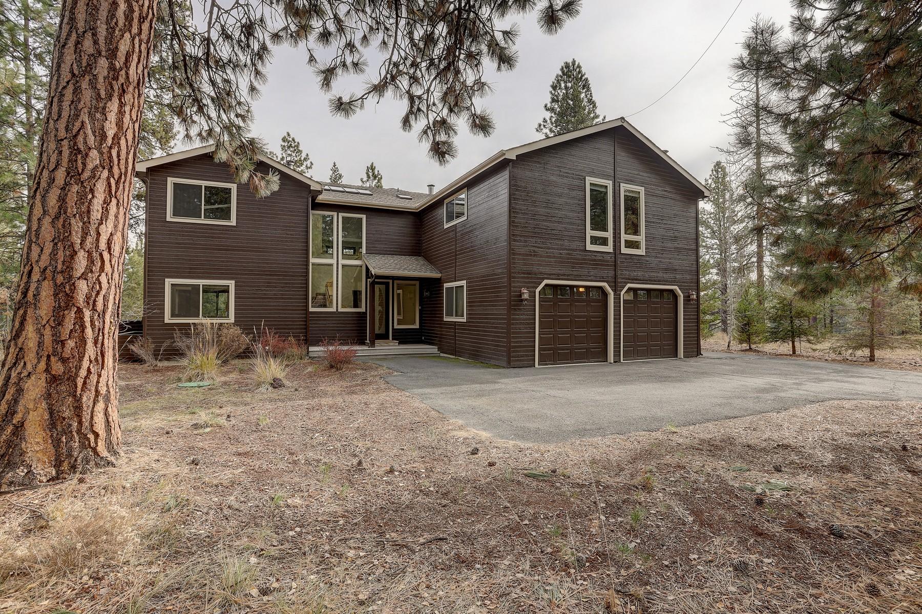 Single Family Homes pour l Vente à 53562 Wildriver Way La Pine, OR La Pine, Oregon 97739 États-Unis