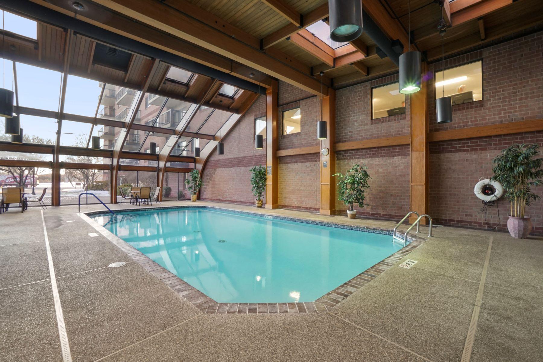 Condominiums por un Venta en 3920 Mystic Valley Pkwy - Unit 618 Medford, Massachusetts 02155 Estados Unidos