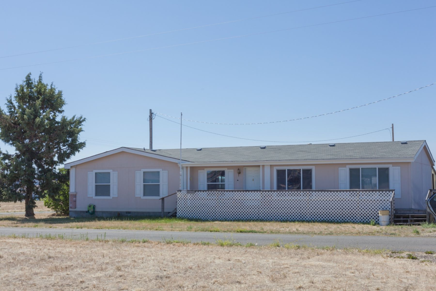 Single Family Homes para Venda às 93488 3rd Street - All Lots Included Shaniko, Oregon 97057 Estados Unidos
