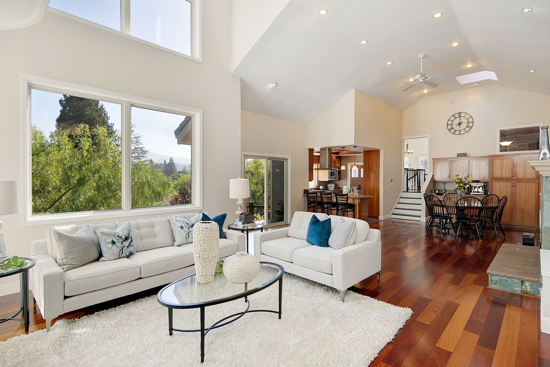 Single Family Homes for Sale at Stunning Westside Contemporary 3073 Lunada Lane Alamo, California 94507 United States
