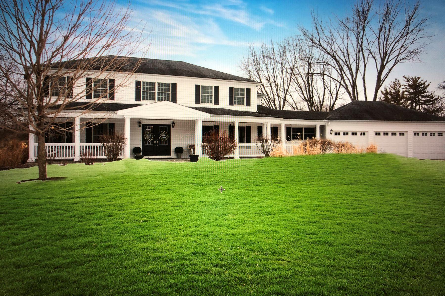 Single Family Home for Active at Best kept Secret in Lake Barrington 28307 W Schooner Lane Lake Barrington, Illinois 60010 United States