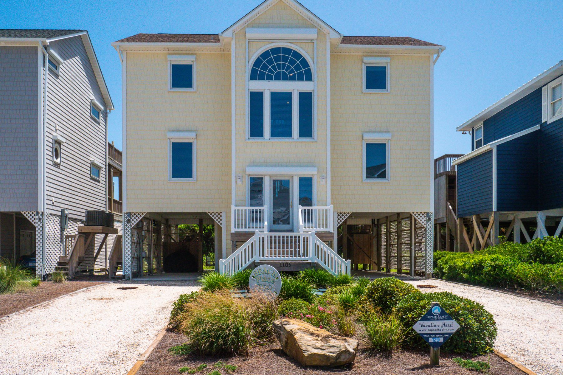 Single Family Homes for Active at OceanFront Home in Topsail Beach 1103 Ocean Blvd Topsail Beach, North Carolina 28445 United States