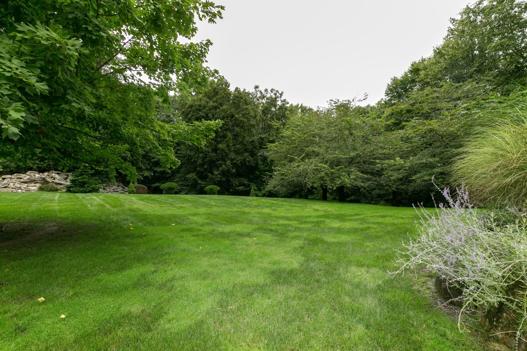 Additional photo for property listing at Deepwood Knoll 101 Deepwood Road Bedford, New York 10506 United States