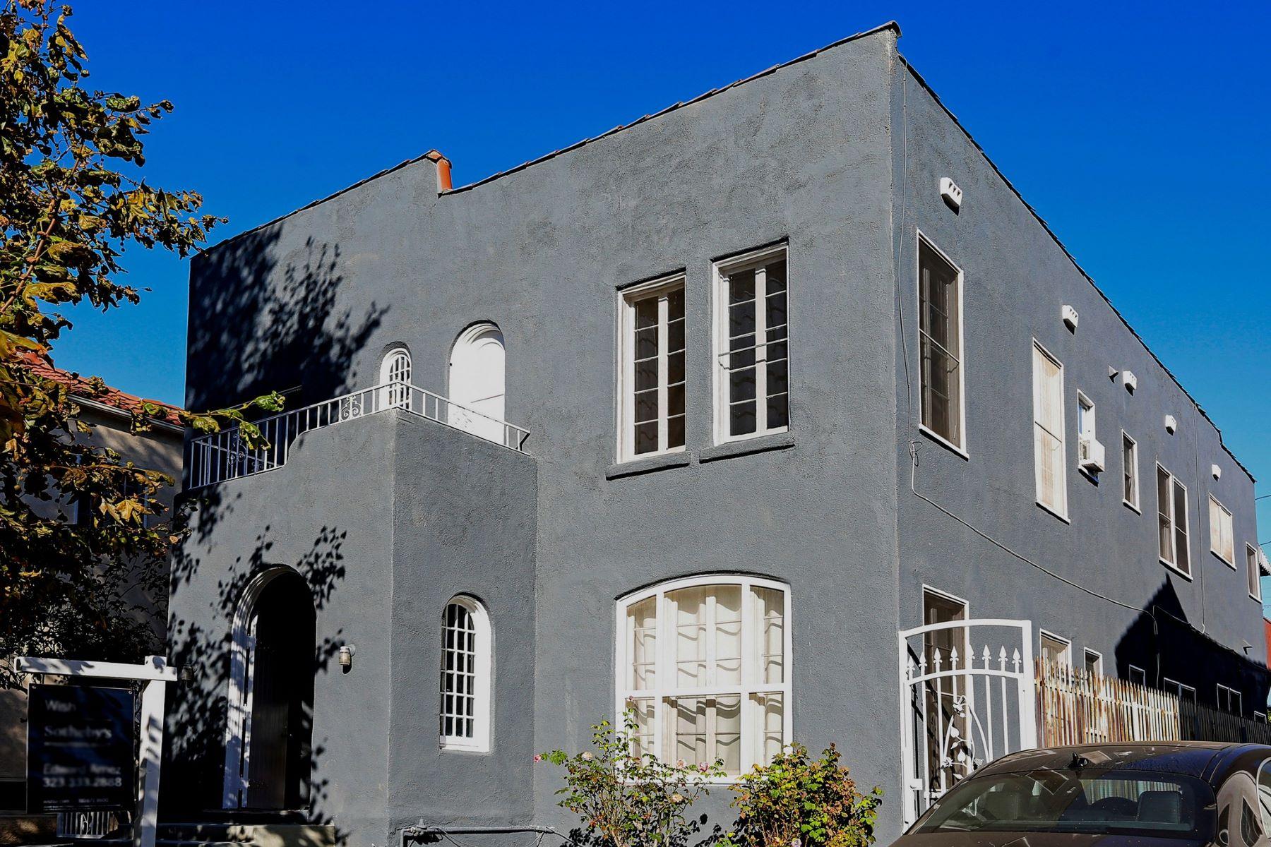 Duplex Homes 为 销售 在 906 S Sycamore Avenue 洛杉矶, 加利福尼亚州 90036 美国