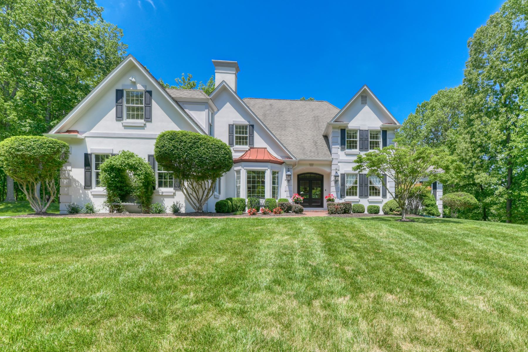 Single Family Homes للـ Sale في Spectacular Custom-Built Home in Laurelford 13050 Jerome Jay Drive, Cockeysville, Maryland 21030 United States