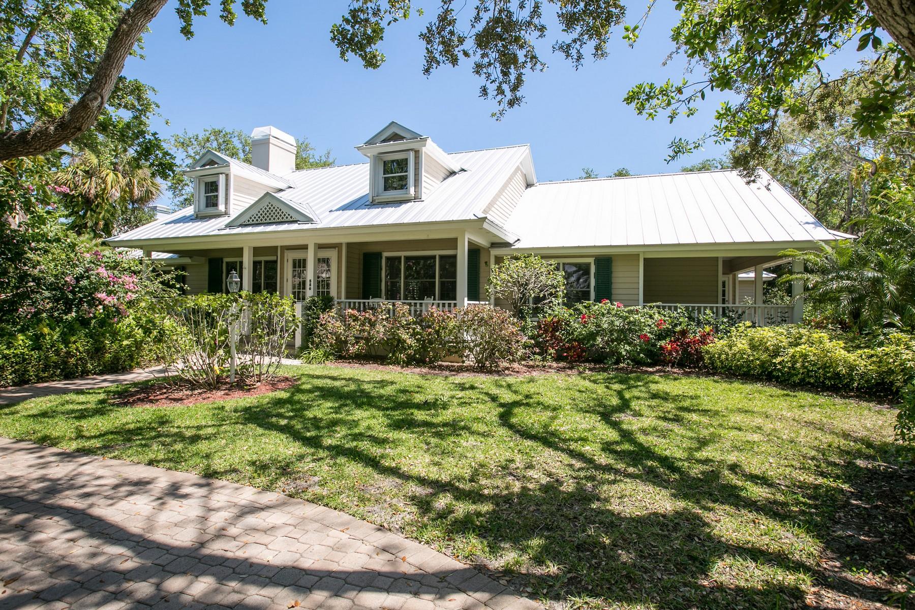 独户住宅 为 销售 在 Ocean To River Living 550 N Sundance Trail 维罗海滩, 佛罗里达州, 32963 美国