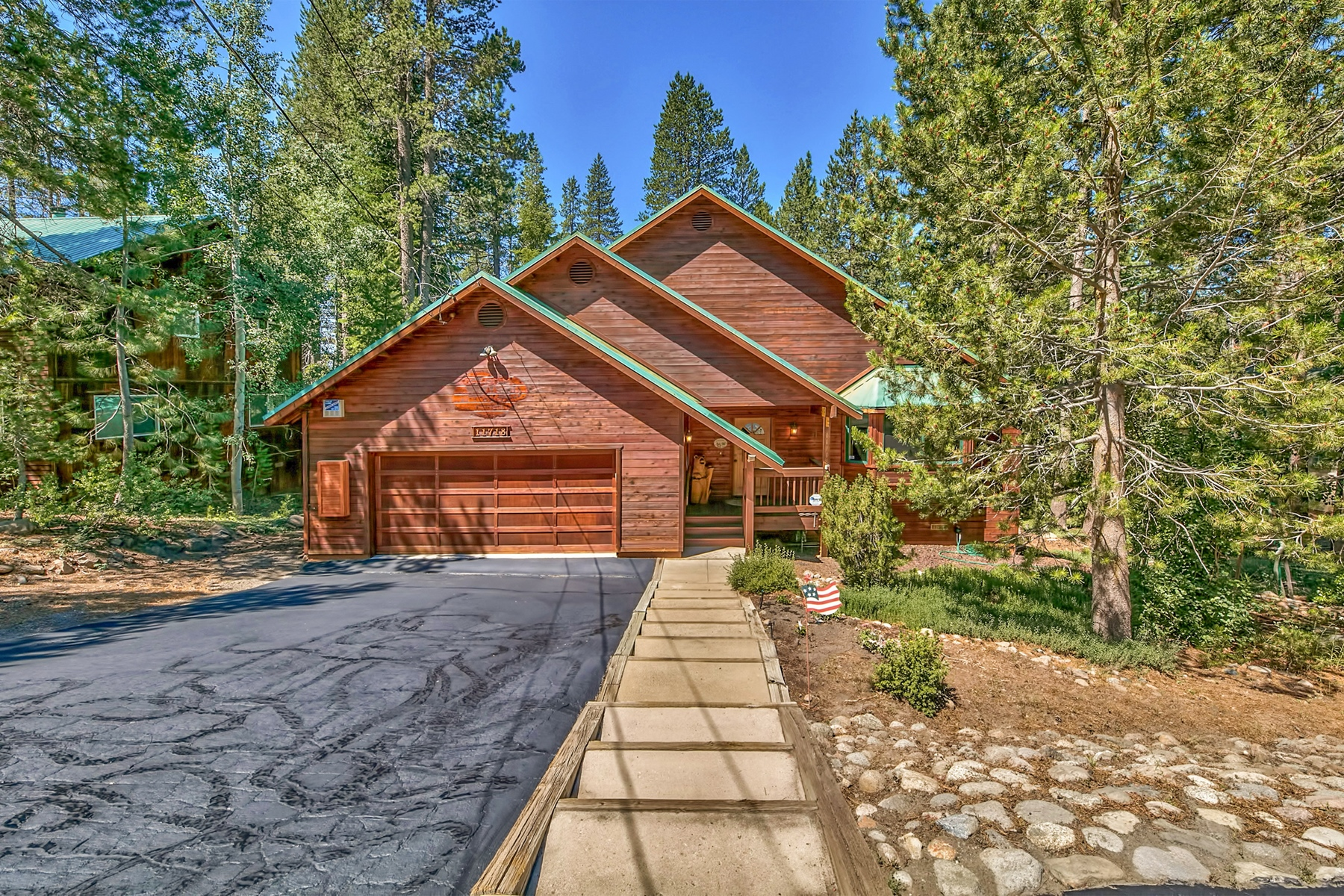 Property for Active at 11718 Lausanne Way, Truckee, CA 11718 Lausanne Way Truckee, California 96161 United States