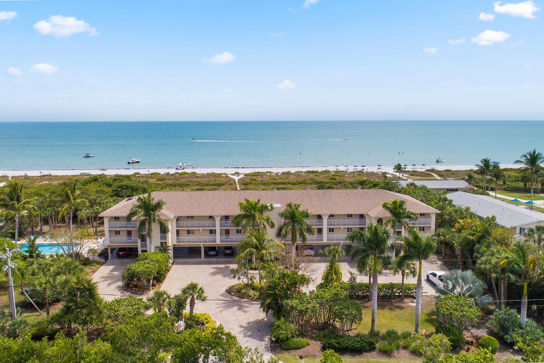 Single Family Homes for Sale at SANIBEL 527 E Gulf Dr , 107 Sanibel, Florida 33957 United States