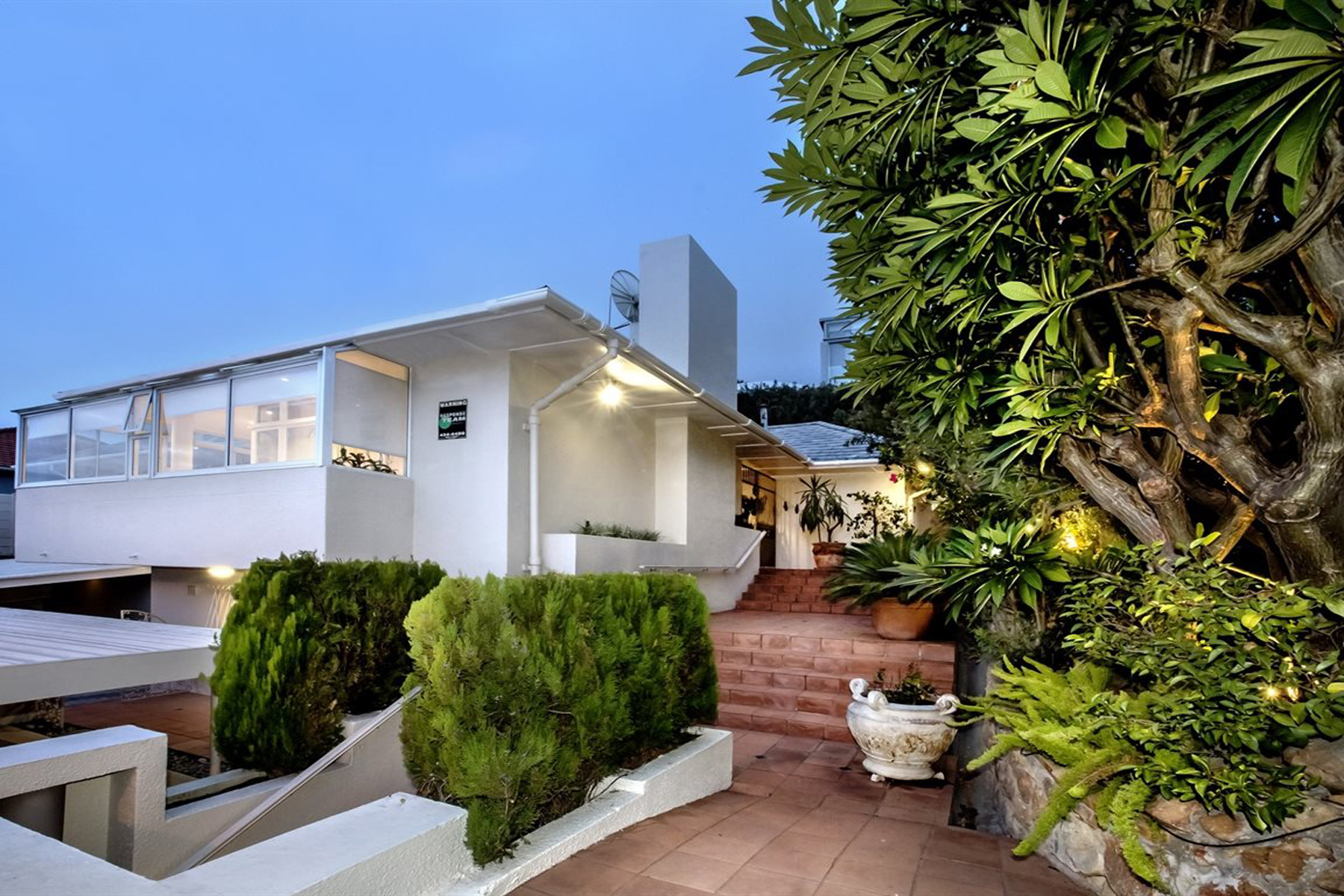 Single Family Home for Sale at Sea Point East Cape Town, Western Cape, South Africa