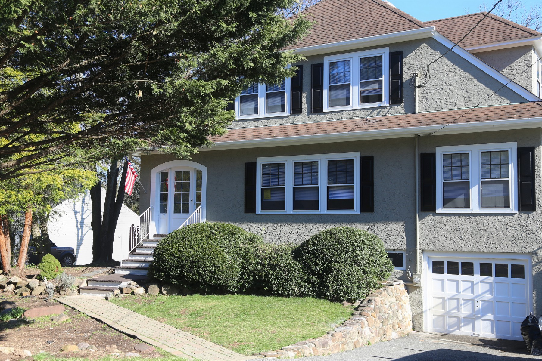 Single Family Homes for Sale at Detail infused Colonial! 184 N Passaic Avenue Chatham, New Jersey 07928 United States