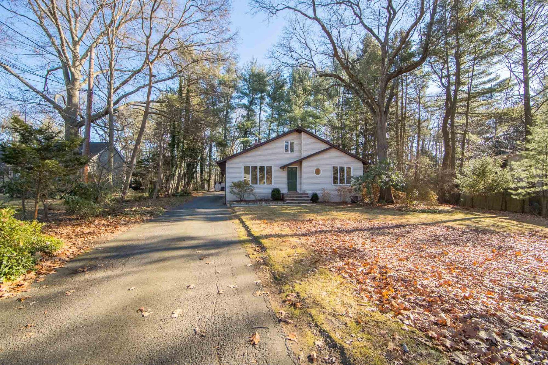 Частный односемейный дом для того Продажа на Privacy and Beautiful Views 5 Ackerman Ave, Woodcliff Lake, Нью-Джерси 07677 Соединенные Штаты