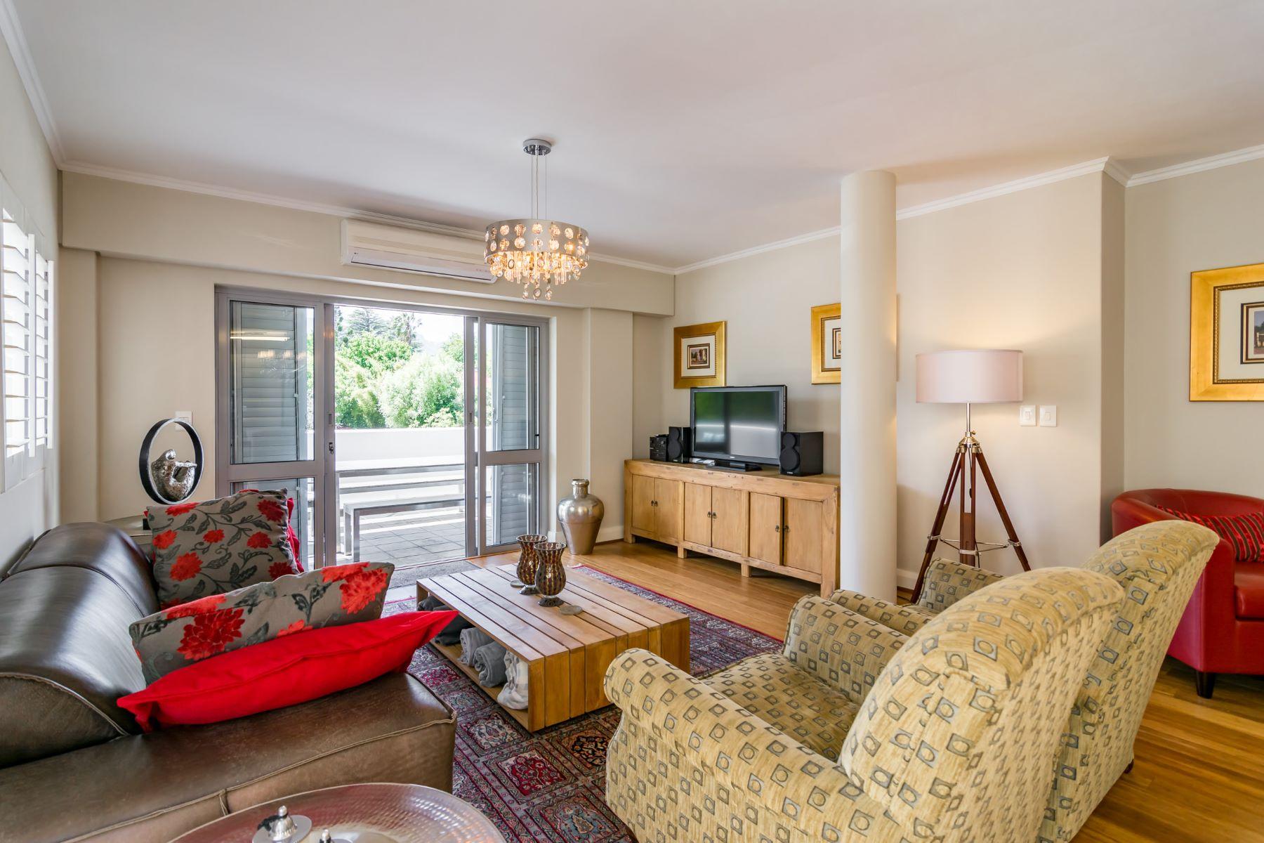 アパート のために 売買 アット Stellenbosch luxury apartment Stellenbosch, 西ケープ, 7600 南アフリカ