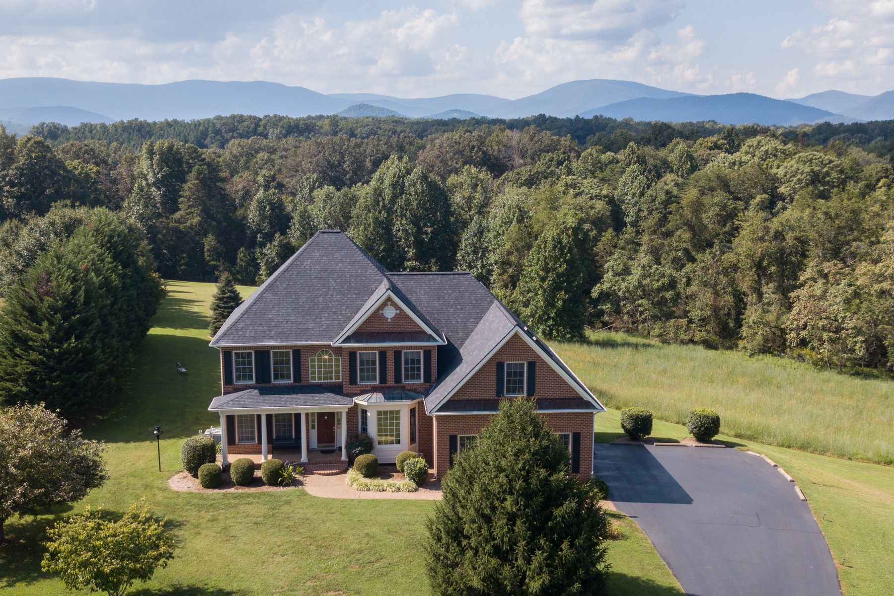 Single Family Homes for Sale at 5080 Snowy Ridge Lane Earlysville, Virginia 22936 United States
