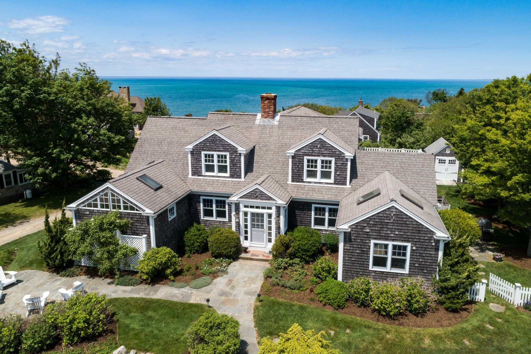 Single Family Homes for Active at 22 Franklin Cartway, Brewster, MA 22 Franklin Cartway Brewster, Massachusetts 02631 United States