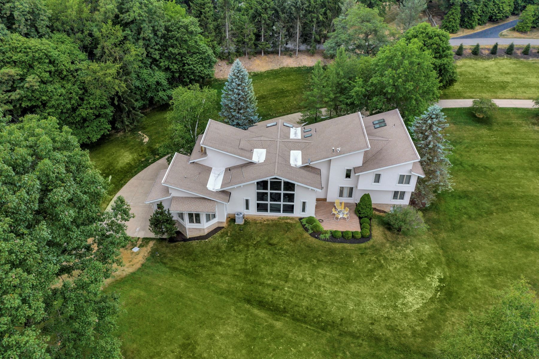Single Family Homes for Sale at Live Contemporary- Sewickley Heights- 102 Fair Acres Drive Sewickley, Pennsylvania 15143 United States