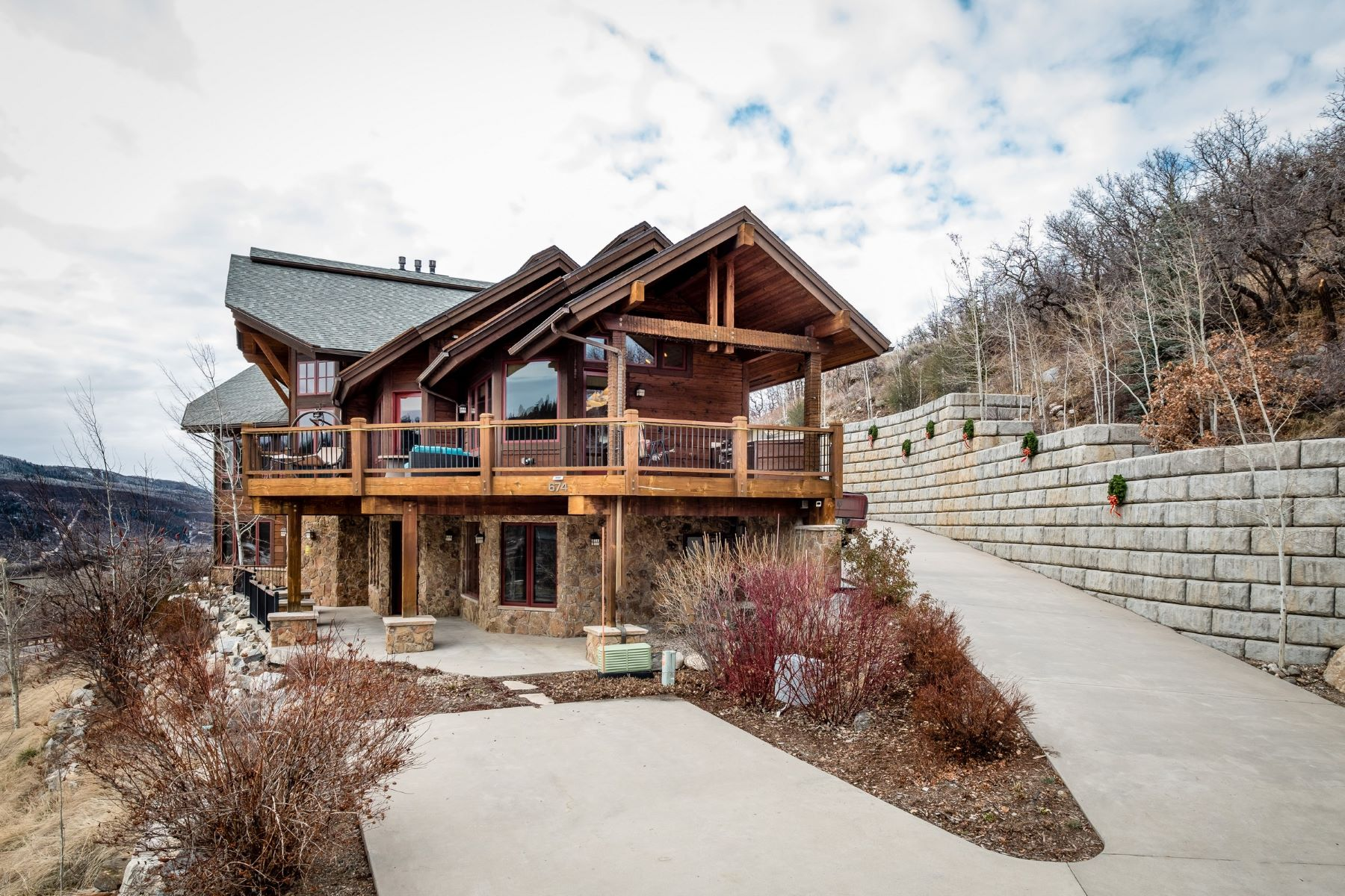 独户住宅 为 销售 在 Luxury Sanctuary Home 674 Steamboat Boulevard, 斯廷博特斯普林斯, 科罗拉多州, 80487 美国