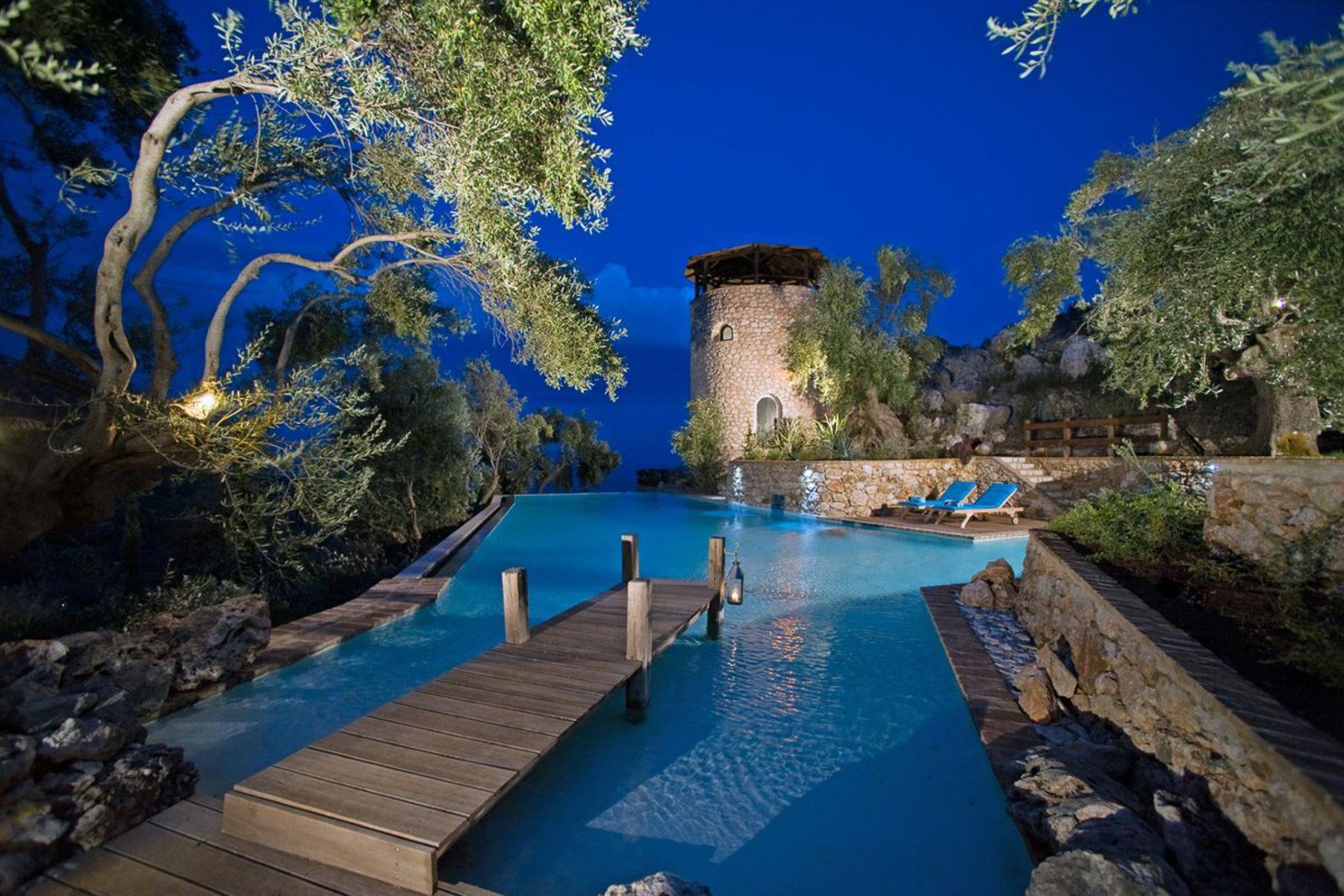 Частный односемейный дом для того Продажа на Del Cielo Spartylas Del Cielo, Corfu, Ионические Острова, 49100 Греция