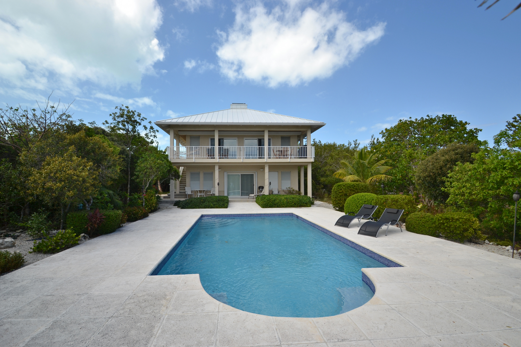 Single Family Home for Sale at 2 EGRET CLOSE Thompson Cove, Providenciales Turks And Caicos Islands