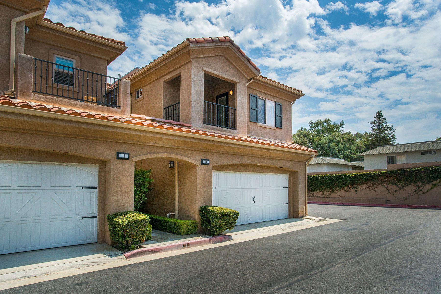 联栋屋 为 销售 在 20402 Santa Ana Ave. #11 纽波特比奇, 加利福尼亚州, 92660 美国