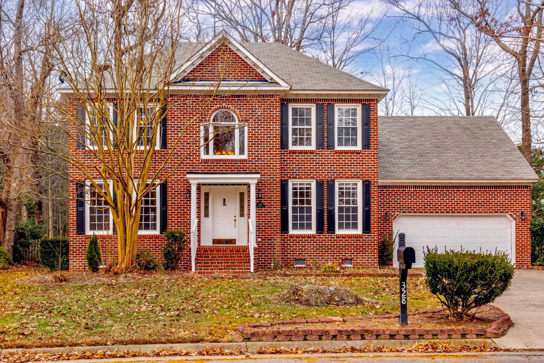 Single Family Homes for Active at RIVERWALK 328 Spice Bush Court Chesapeake, Virginia 23320 United States