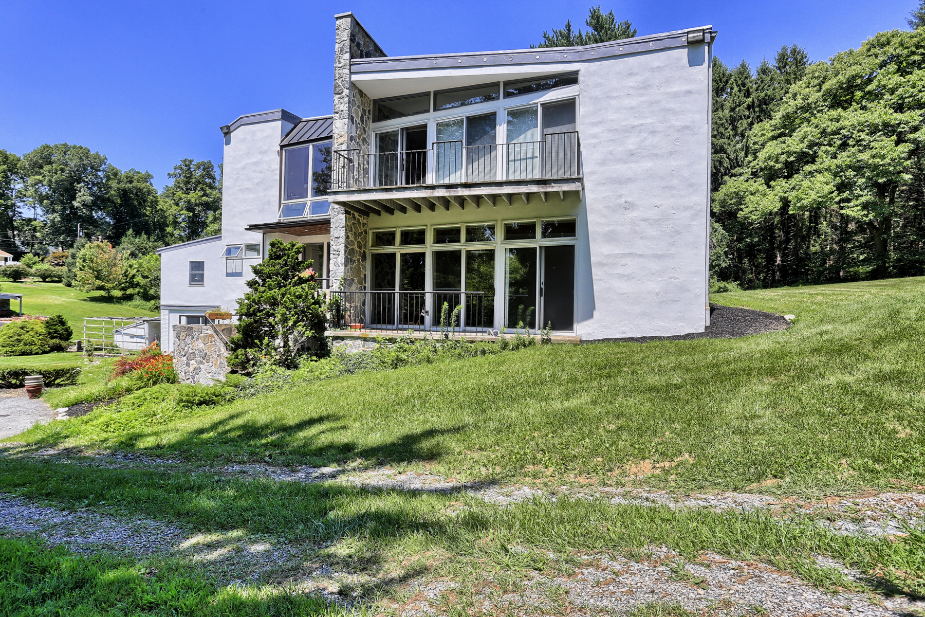 Additional photo for property listing at 1944 Millersville Road  Lancaster, Pennsylvania 17603 United States