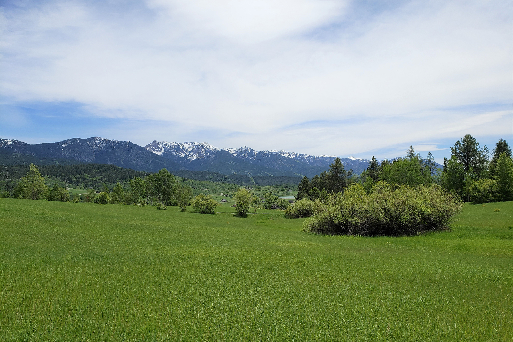 Land for Sale at Alpine, WY view lot with mountain views LOT 3 ALPINE RETREAT 2 Alpine, Wyoming 83128 United States