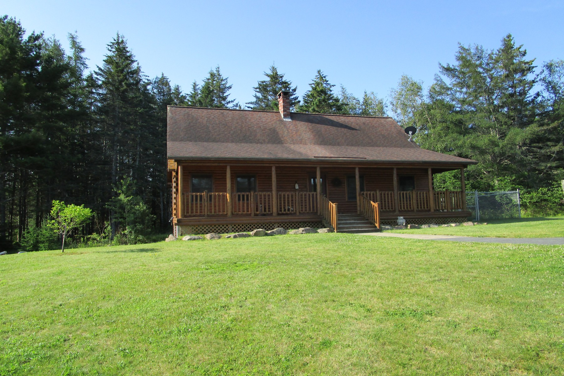 Single Family Homes for Active at 191 Seal Cove Road Southwest Harbor, Maine 04679 United States