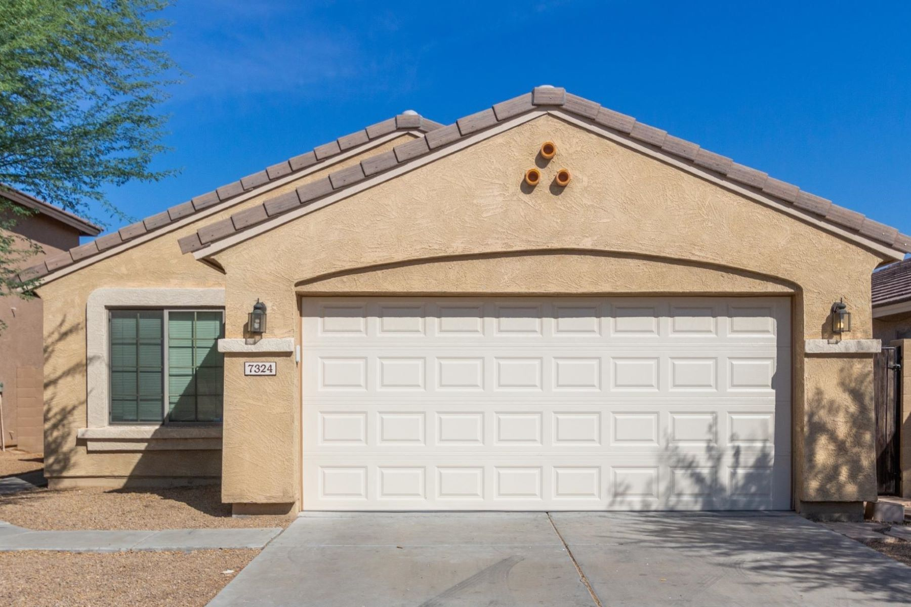 Single Family Homes 为 销售 在 Preserve at Laveen Meadow 7324 W Ian DR Laveen, 亚利桑那州 85339 美国