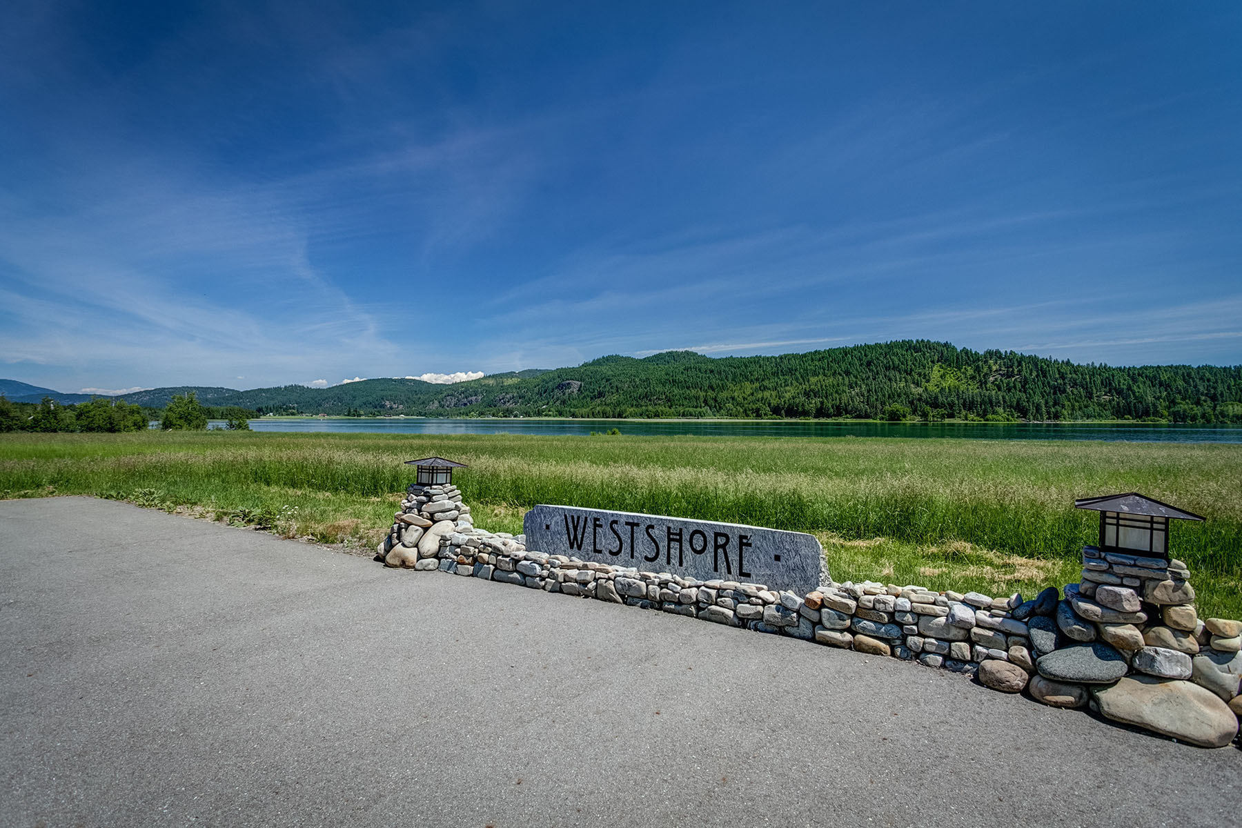 Terrain pour l Vente à Westshore Waterfront Building Sites Lot 5 Westshore Way Laclede, Idaho, 83841 États-Unis