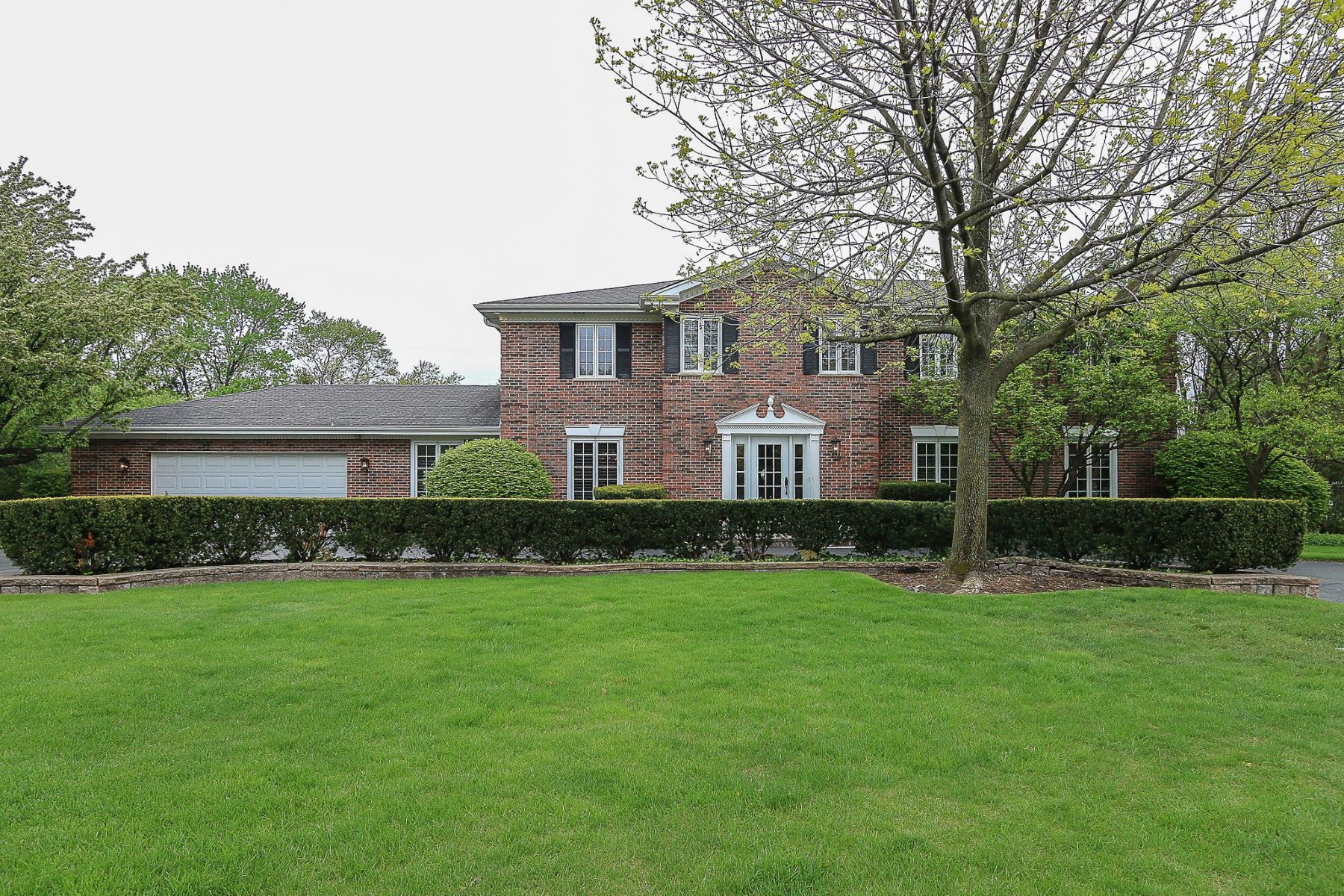 Villa per Vendita alle ore 35 Bradford Lane York Woods 35 Bradford Lane Oak Brook, Illinois, 60523 Stati Uniti