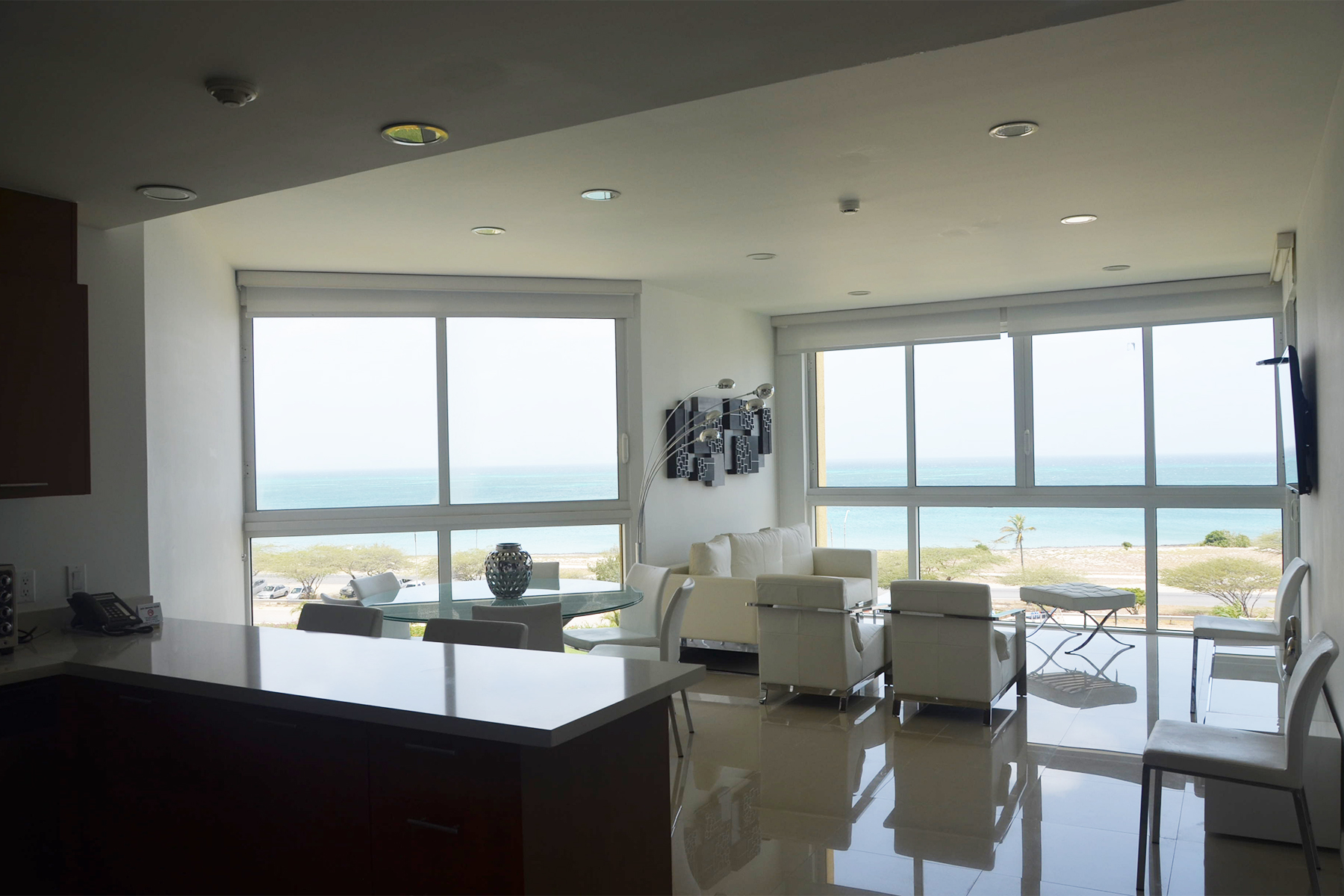 Additional photo for property listing at Blue Residence Club, Apartment B #426 Eagle Beach, Aruba Aruba