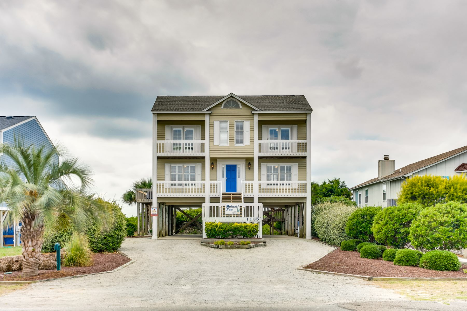 Single Family Homes for Active at Remodeled Oceanfront Homes 1135 Ocean Blvd W Holden Beach, North Carolina 28462 United States