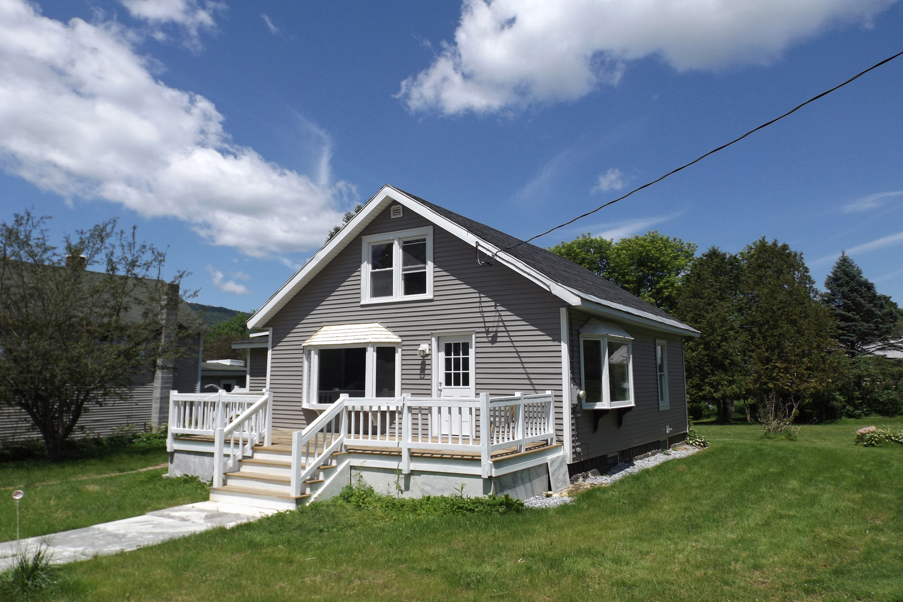 Single Family Homes for Sale at REMODELED WALLINGFORD BUNGALOW 109 Meacham St Wallingford, Vermont 05773 United States