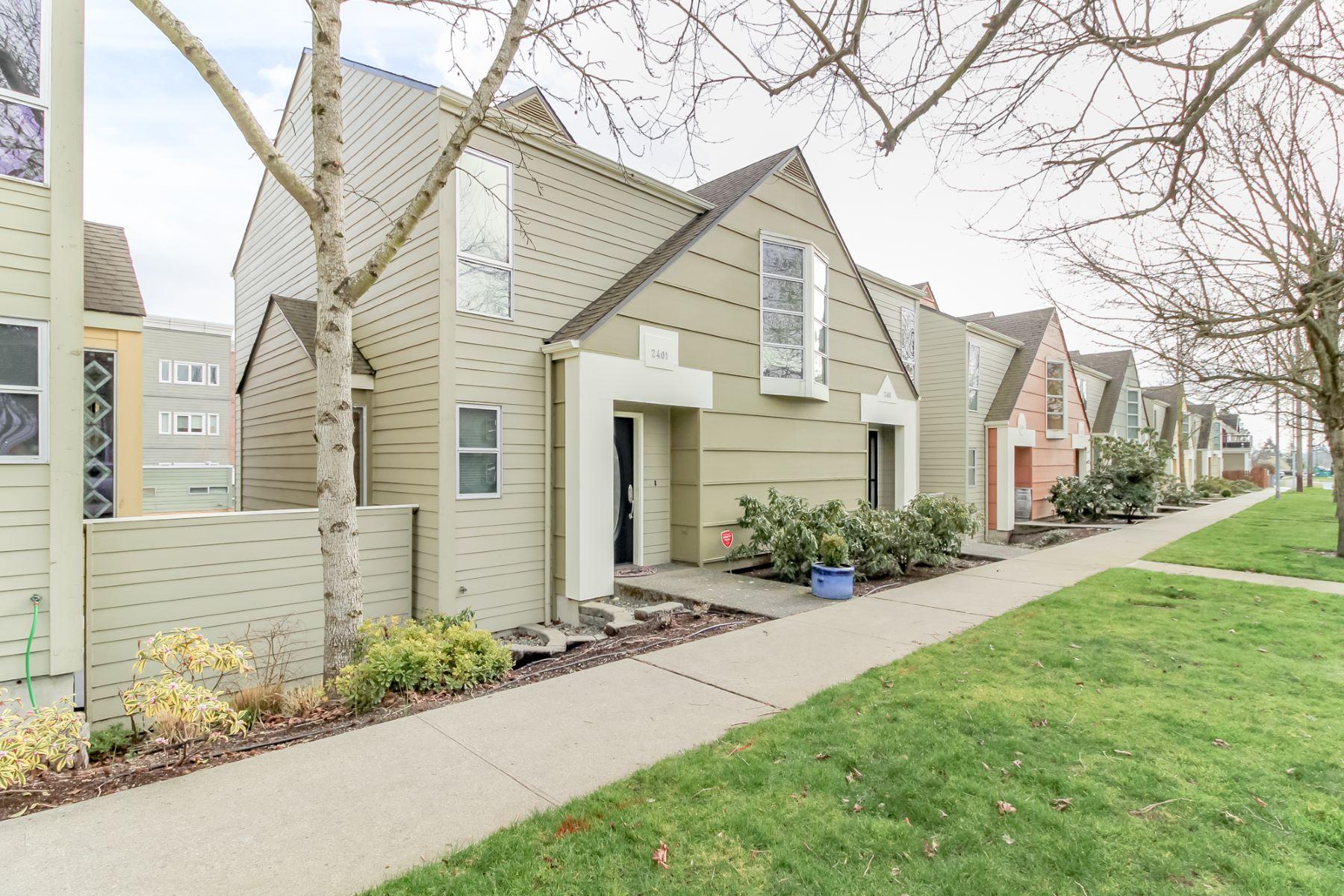 "Single Family Homes 용 매매 에 MCCARVER VILLAGE 2401 South ""I"" Street Tacoma, 워싱톤 98405 미국"