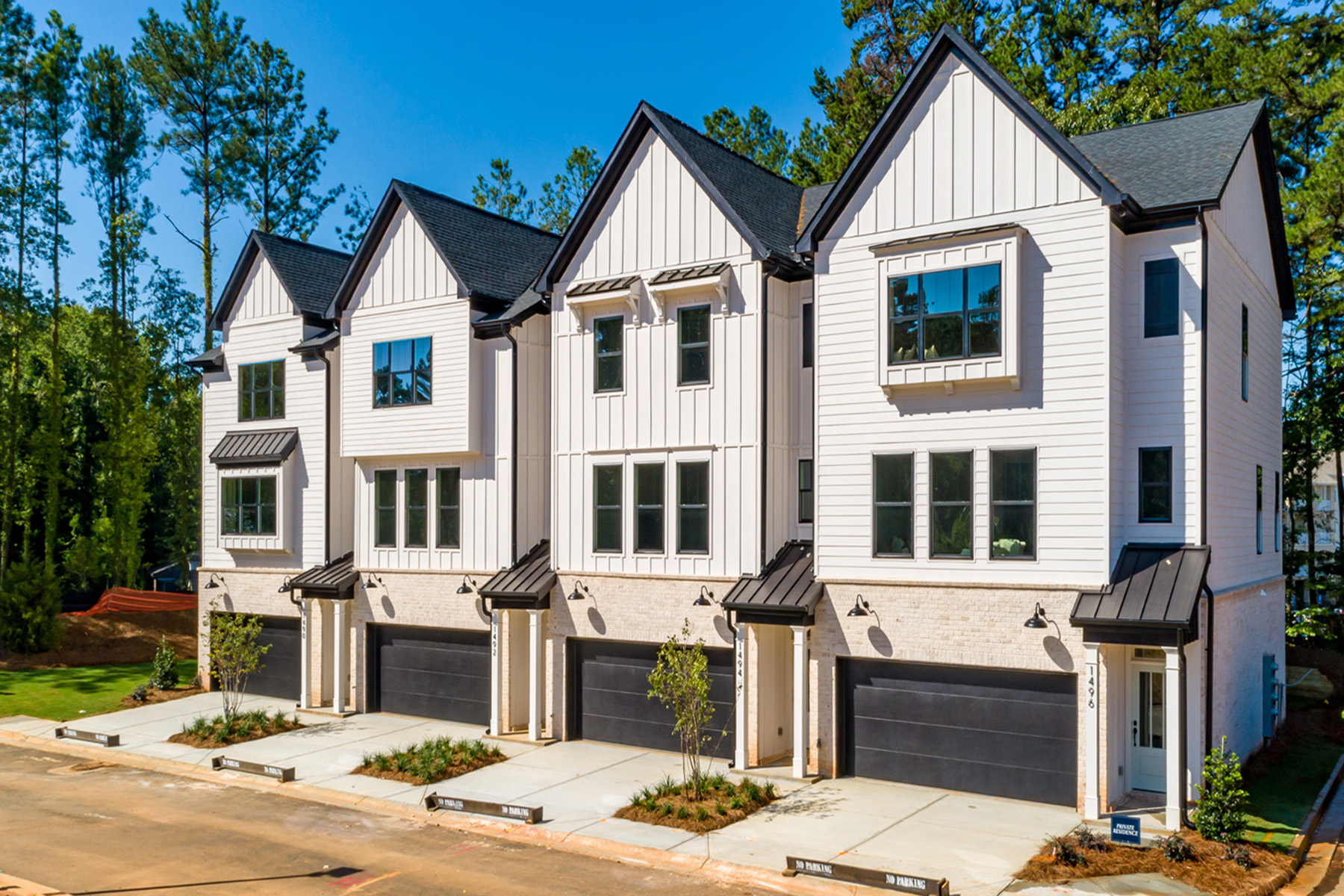 townhouses por un Venta en Beautiful New Townhome Located in Desirable Decatur 2729 Lawrenceville Highway No. 33, Decatur, Georgia 30033 Estados Unidos